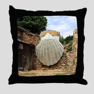 Giant scallop shell, El Camino Throw Pillow
