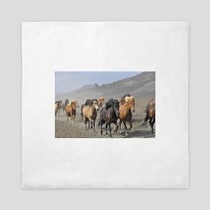 Herd Of Horses Queen Duvet