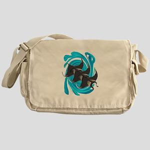 MANTAS Messenger Bag