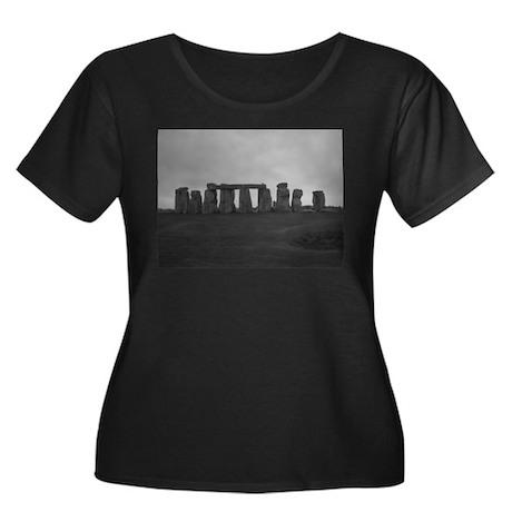 Stonehenge Women's Plus Size Scoop Neck Dark T-Shi