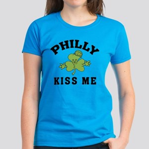Philly Irish Kiss Me Women's Dark T-Shirt
