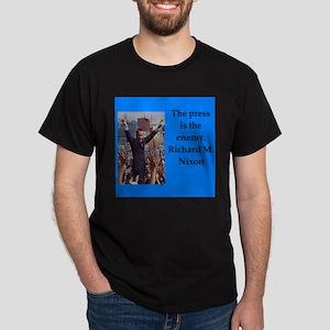 Richrd nixon quotes T-Shirt