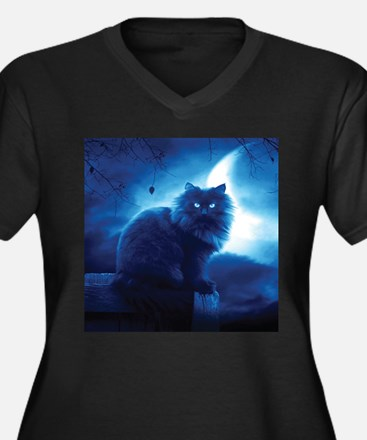 Black Cat In The Night Plus Size T-Shirt