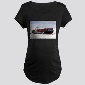 Container cargo ship and tug Maternity T-Shirt