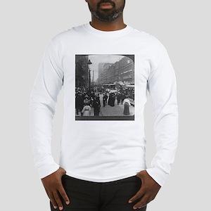 Clark Street Long Sleeve T-Shirt