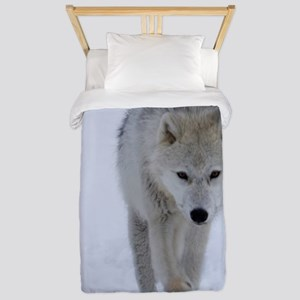 Arctic wolf walking in the snow Twin Duvet Cover