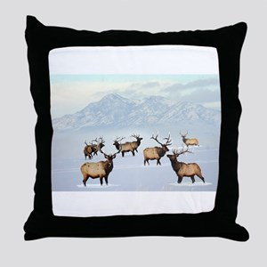 Northern bull elk Throw Pillow