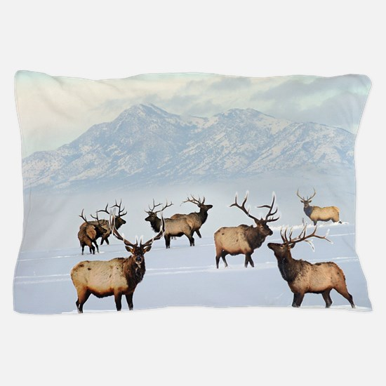 Northern bull elk Pillow Case