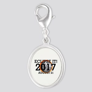 Eclipse 2017 Silver Oval Charm