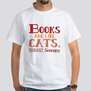 Books are like cats Red T-Shirt