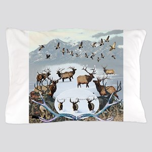 Wildlife from the north Pillow Case