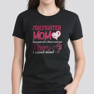 Firefighter Mom T Shirt T-Shirt