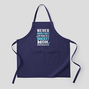 Proud Hockey Mom T Shirt Apron (dark)