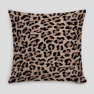 cheetah leopard print Everyday Pillow