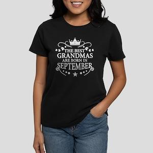The Best Grandmas Are Born In September T-Shirt