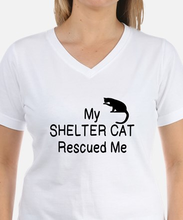 MY SHELTER CAT RESCUED ME T-Shirt