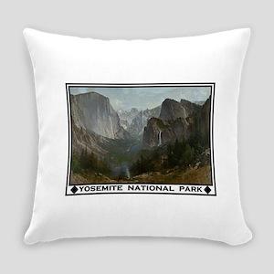 YOSEMITE Everyday Pillow