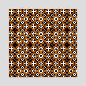 Ornate Orange & Black Flower Pattern Queen Duvet
