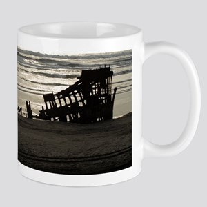 The Wreck of the Peter Iredale Mugs
