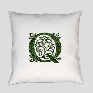 Ivy Monogram Q Everyday Pillow