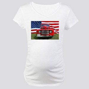 1948 Red Ford Truck USA Flag Maternity T-Shirt