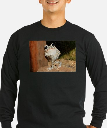 Happy frog with big eyes Long Sleeve T-Shirt