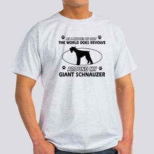 Giant Schnauzer Design T-Shirt