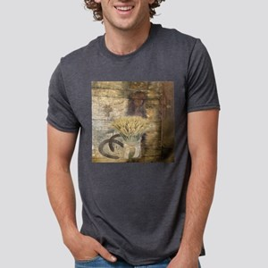 barn wood wheat horseshoe T-Shirt