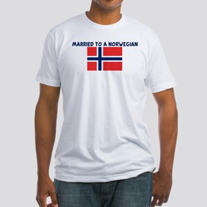 MARRIED TO A NORWEGIAN Fitted T-Shirt