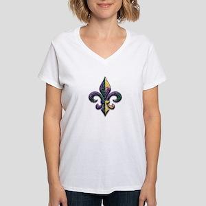 Fleur de lis Mardi Gras beads Women's V-Neck T-Shi
