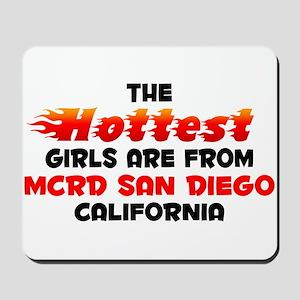 Hot Girls: MCRD San Die, CA Mousepad