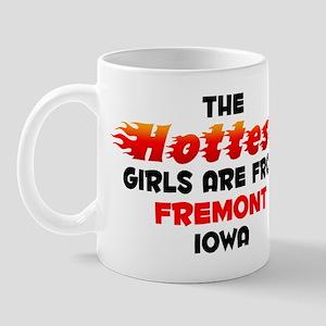 Hot Girls: Fremont, IA Mug