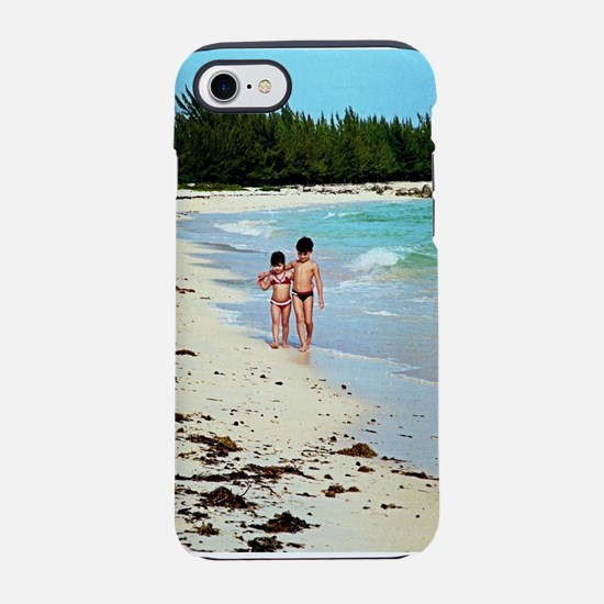 Brother and sister walking o iPhone 8/7 Tough Case