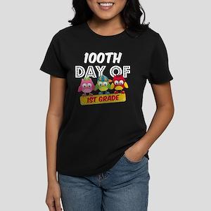 Owl 100 Days 1st Grade Women's Classic T-Shirt