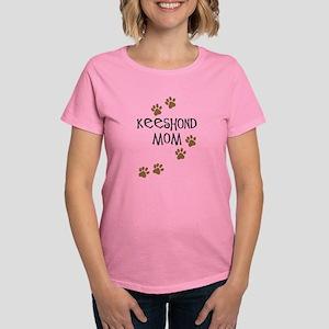 Keeshond Mom Women's Dark T-Shirt