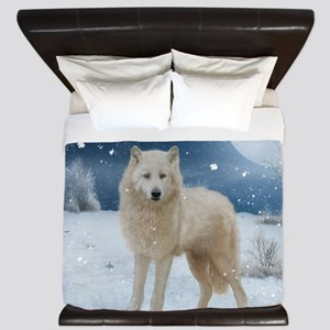 Awesome arctic wolf in the night King Duvet