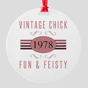 1978 Vintage Chick Round Ornament