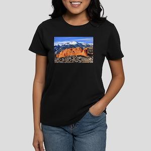 Pikes Peak, Kissing Camels Women's Dark T-Shirt