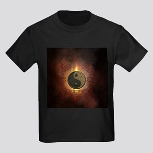 The sign ying and yang with light effects T-Shirt