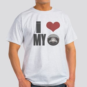 I love my roomba Light T-Shirt