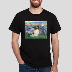 Lilies / Papillon (f) Dark T-Shirt