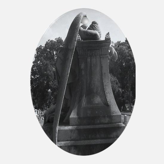 Weeping Angel Keepsake Oval