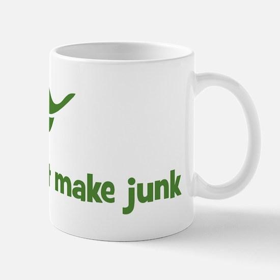 God does not make junk (leaf) Mug
