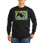 Irises / Pomeranian(bb) Long Sleeve Dark T-Shirt