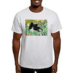 Irises / Pomeranian(bb) Light T-Shirt