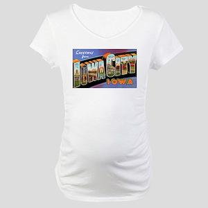 Iowa City Iowa Greetings (Front) Maternity T-Shirt