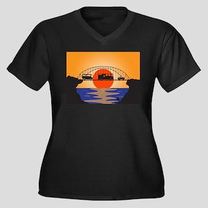 Holiday Vehicles Metal bridge Plus Size T-Shirt