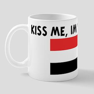 KISS ME IM YEMENI Mug