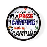 au camping reste au camping Wall Clock