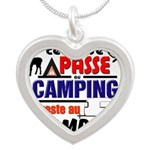 au camping reste au camping Necklaces